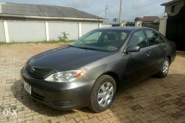 Very clean Toyota Camry, less than 6months used Sagamu - image 2