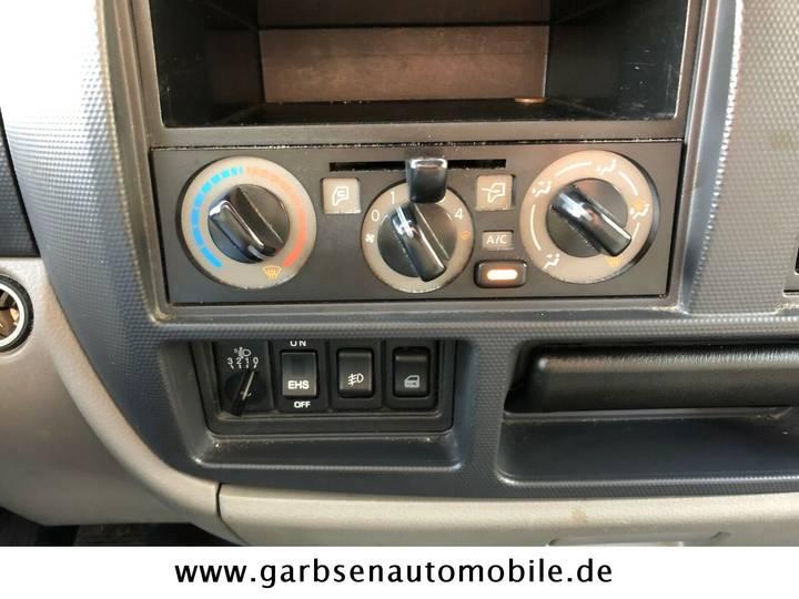 Nissan Cabstar 2.5 35.14 KOFFER LADERBORDW. KLIMA - 2013 - image 4