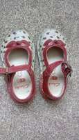 Clark's size 5F Toddler shoes