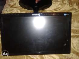 Samsung 17 inch LED PC screen for sale or swap