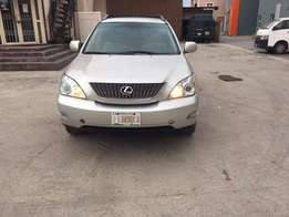 2004 Lexus Rx330 4WD full option Tokunbo with DVD