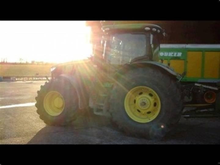 John Deere 7230 R - 2014
