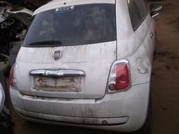 Fiat 500 1.2 M stripped for spares