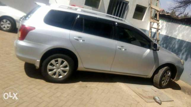 Toyota Fielder on quick sale! Kasarani - image 2