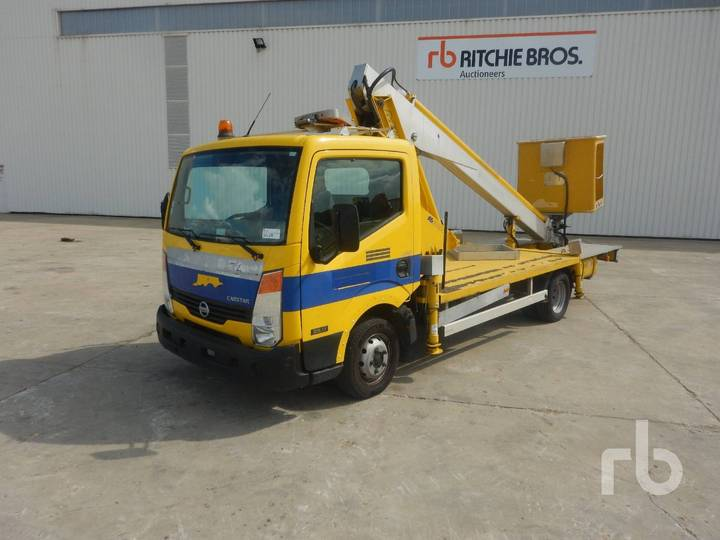 Nissan CABSTAR 35.11 w/Multitel 160ALU DS 16 m - 2008