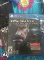 Call of Duty Ghosts & MGS Ground Zeroes (PS4 CDs)