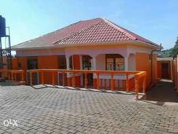 House for sale 120m Matuga seated on 12decimals it has secured cctv ca