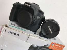 Canon EOS 70D W/18-135mm F4.5 Kit Lens For Sale