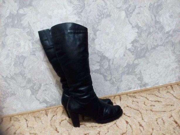 Продам чоботи 4220815d45597