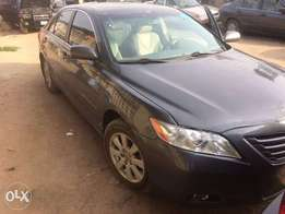 Toyota Camry XLE 2007(usa used)