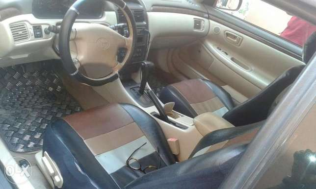 Neatly used toyota solara 00 for urgent sale. Ikeja - image 4