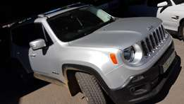 **2015 Jeep Renegade 1.4TJET Limited** Only 9500km** Priced Right R329