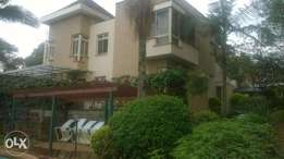 4 bedroom villa to let on dennis pritt road for 220k