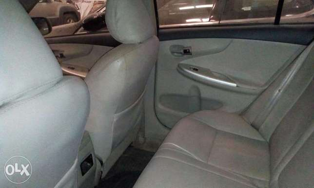Grab now!! Toyota Corolla 2012 direct Ikeja - image 6