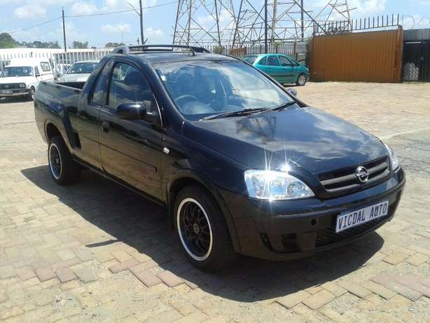 2008 Opel Corsa Bakkie 1.9TDI For Sale R59000 Is Available Benoni - image 5
