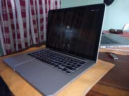 "Very Clean Silver Macbook Pro 13"" (500GB HDD, 10GB RAM)"