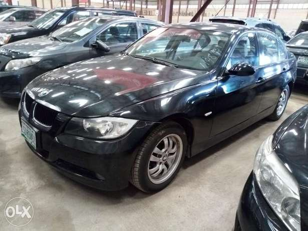Extremely Clean BMW 3i Series Alausa - image 1