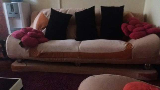 Seven seater spring sofa for sale Nairobi CBD - image 3