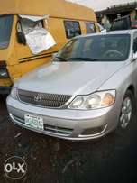 Clean used Toyota Avalon with good engine
