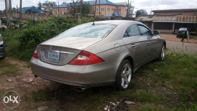 Mercedes Benz CLS 500 Ibadan Central - image 5