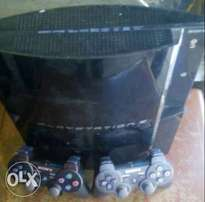 Hacked PS3 with 2 pads & free games for sale