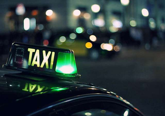 Need a Cab? Do you need affordable Courier services same day delivery? Newlands - image 3