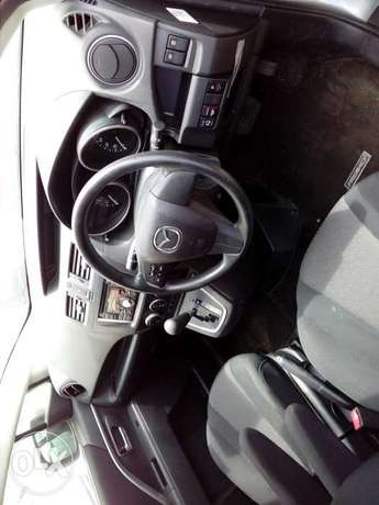 Mazda premacy new shape new plate number silver color fresh import Mombasa Island - image 2