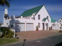 Fully furnished 4 bedroom holiday home to rent in langebaan