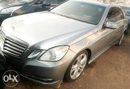 CLEAN 2010 Mercedes Benz E350 at giveaway price