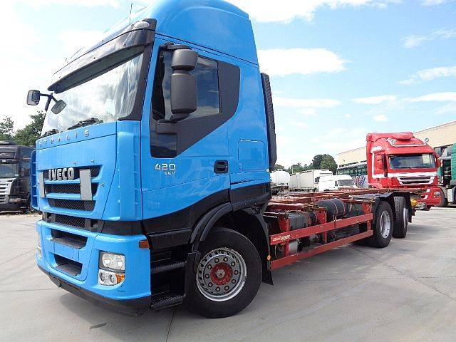 Iveco Stralis AS260S42Y/FS Passo 6050 - 2011