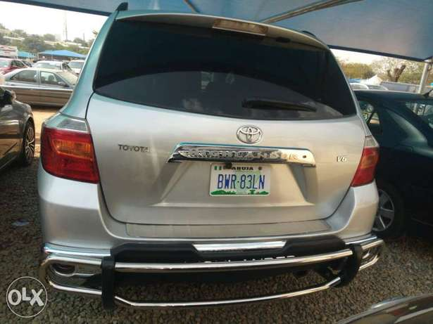 Super Clean Toyota Highlander For Sale Garki 1 - image 1