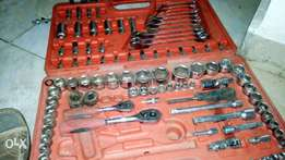 Assorted mechanical spanners