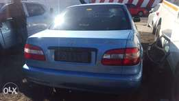 toyota corolla 2002 breaking up for spares