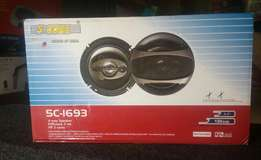 Brand new 6inch 5 core speakers, free delivery within Nairobi cbd.