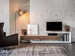 Clean TV console