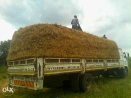 monareng thatching house,lap and grass 4 sale needed