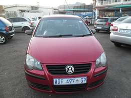 Polo 1.4 Model 2005 5 Doors factory A/C And C/D Player