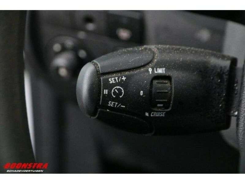Peugeot Partner 1.6 E-HDI XT Schiebetür Klima Tempo - 2013 - image 19