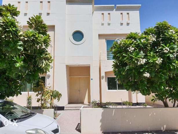 Four Bedrooms Furnished Villa Near Bsb School Hamala سار -  1
