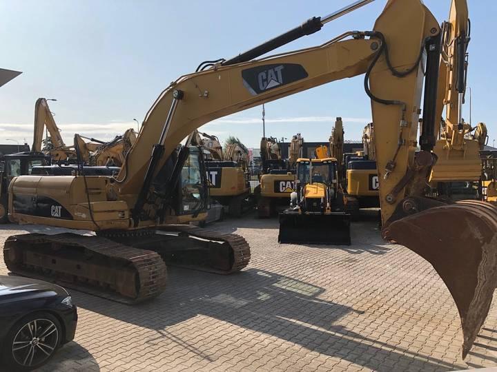 Caterpillar 325DL Hydraulic Excavator - 2008 - image 3