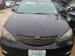 Registered 2005 Toyota Camry LE (leather+4plugs)