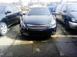 Honda Accord 2012(toks)