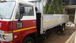 Nissan UD commercial vehicle