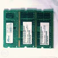 Lot of 3 DDR2 laptop ram 1GB each.