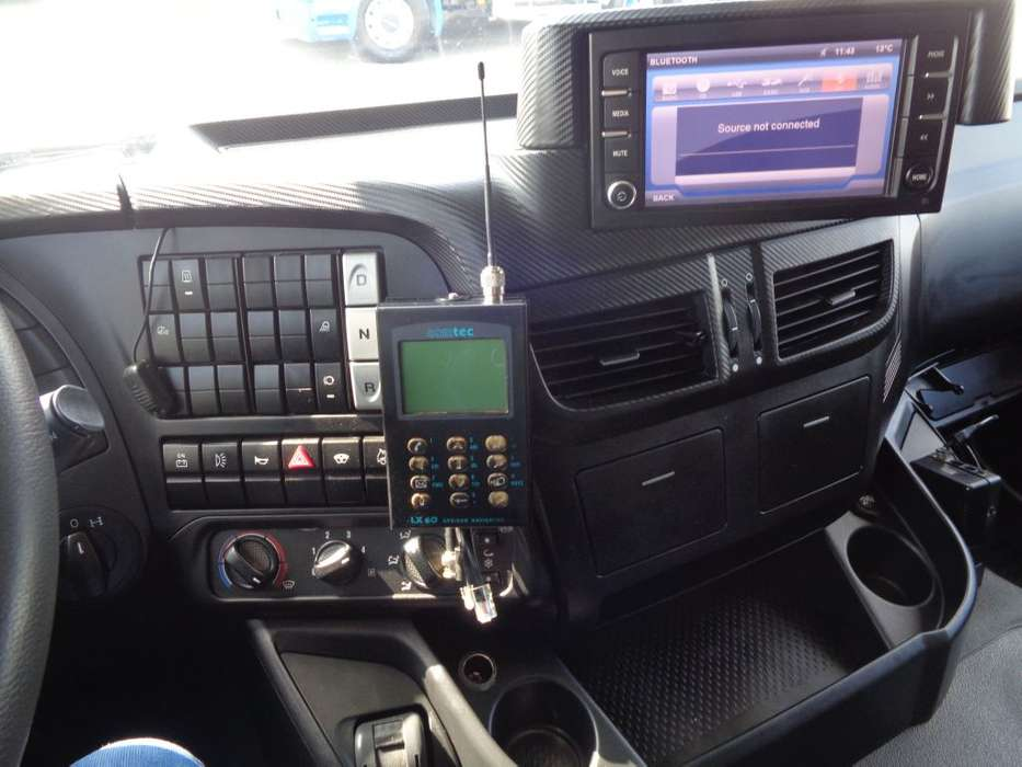 Iveco STRALIS 330 EEV + Euro 5 - 2013 - image 11