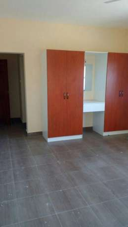 LOVELY 3 bedroom APARTMENT with Master bedrooms and parking space Nyali - image 1