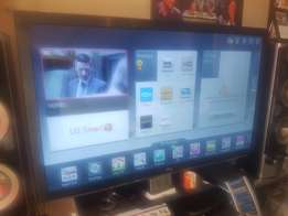 Full HD 3D 65 inch TV in excellent condition for sale