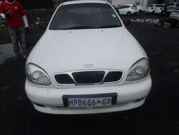 Daewoo Lanos ii 1.4se 4 Doors, Factory A/C and C/D Player