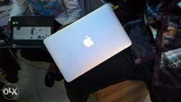 Neat Apple MacBook Pro laptop for urgent sales