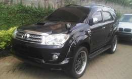 Toyota Fortuner sport V grade just ariived fuly loaded